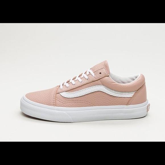 Vans Shoes   Tumble Leather Old Skool